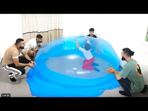 GIANT SLiME BuBBLES!! IN OuR HOUSE!!!pretend play funny videos for kids