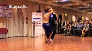Daniel Santacruz - Bachata en Nueva York (bachata performance)