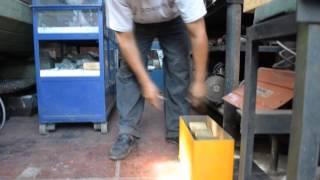 Máquina vibradora para hacer bloques de concreto