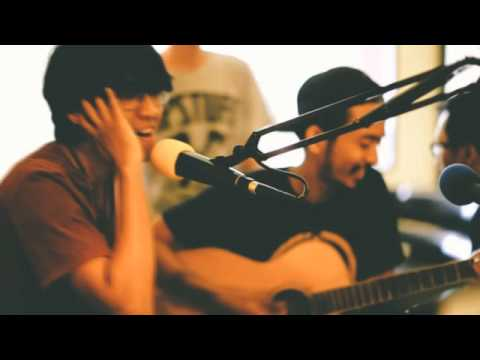 Hoolahoop - Sorry, I Quit live at Cassanova FM Bali 2014 (Acoustic Version) APSTUFF WORLD [HD]