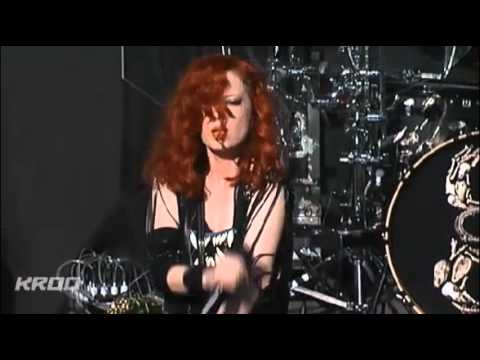 Garbage -  Blood For Poppies [Live @ KROQ Weenie Roast 2012]