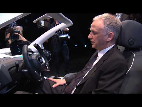 Volkswagen presents visionary automotive functions at the CeBIT 2014 | AutoMotoTV