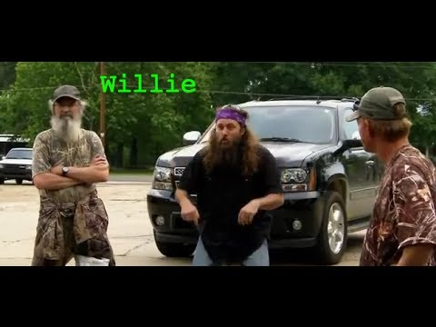 what education does willie robertson from duck dynasty have alan