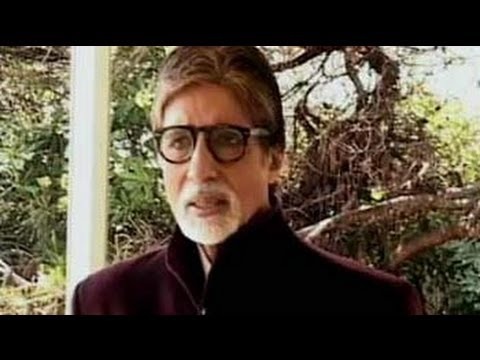 On set, the average age is 25 and I am 71: Big B