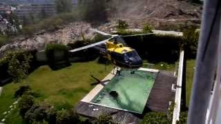 Firefighters Extinguish House Fire from a Helicopter with Swimming Pool Water