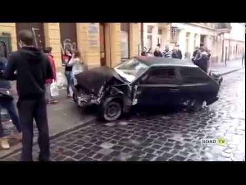 Водитель сбил семью ищем свидетелей, помогите!!!
