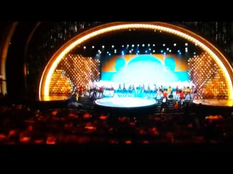 Happy by Pharrell Williams at the Oscars-Hollywoo