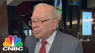Warren Buffett Sells 30% Stake In IBM | Squawk Box | CNBC