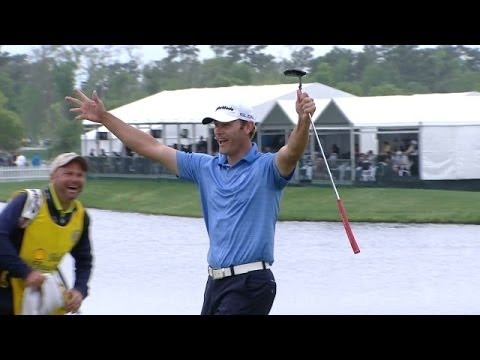 Shawn Stefani drops in a 40-foot birdie putt at Shell