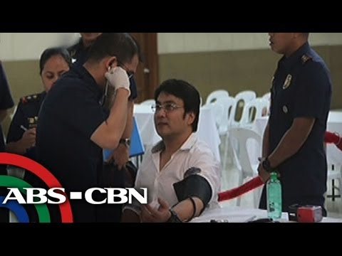 Revilla wants air cooler in 'hot' detention cell