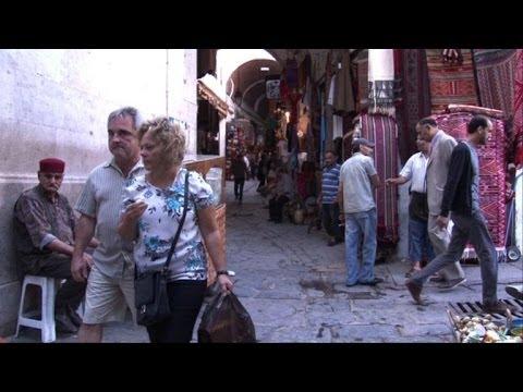 Tunisia tightens security in wake of tourist spot attacks