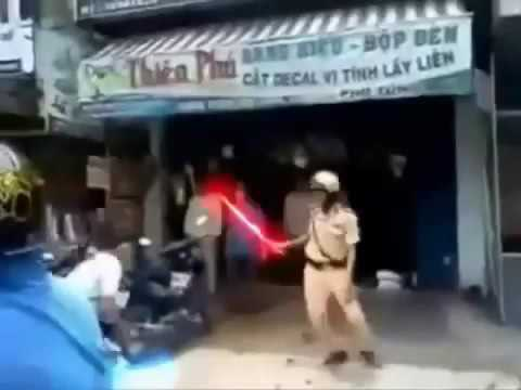Clip hót Cảnh sát giao thông đánh nhau với cơ động 2016 giải trí vui cười hài hước h 2017