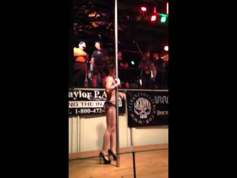 Stripper on stage @ Roscoe's Chili Challenge