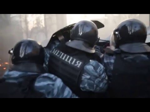Brutal Protest Fighting on Euromaidan in Kiev Ukraine 18 02 2014