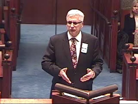 Mr. Vanarelli arguing before the New Jersey Supreme Court