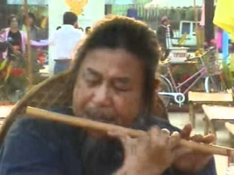 บรรเลงขลุ่ยผิวเพลงนิราศเวียงพิงค์โดยอาจารย์สมศักดิ์ เกตุเพชร
