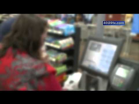 Woman accused of shoplifting hundreds of item from Walmart