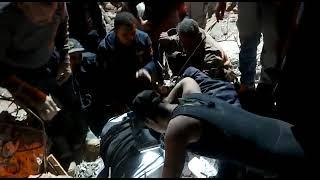 انتشال أشخاص من تحت أنقاض منزل منهار في أسيوط