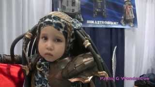 BABY PREDATOR!!! THE CUTEST COSPLAY BABY OF ALL TIME!!!!