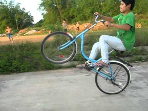 bốc đầu xe đạp chally 2010 (Huân lạng sơn)