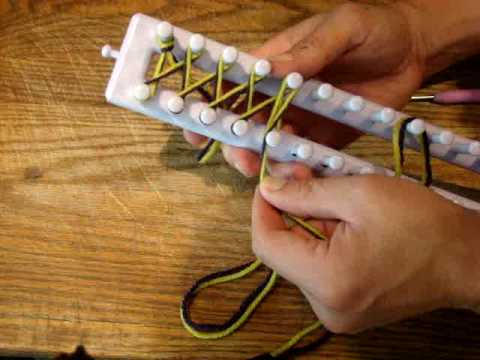 Twisted Knit Stitch - Loom Knitting Knifty Knitter - YouTube