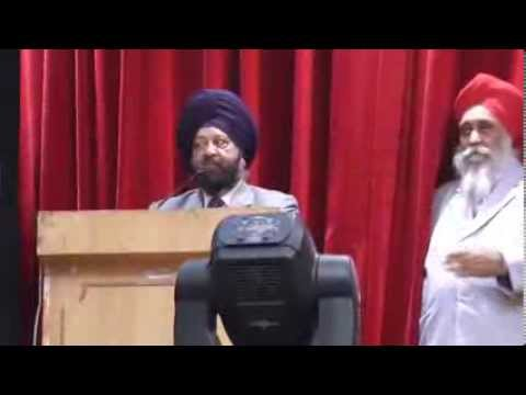 Respected Dr.Inderjit Singh Registrar Guru nanak dev University.Amritsar