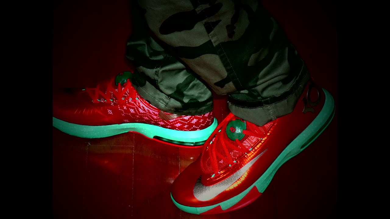 Kd 5 Christmas On Feet KD 6 Christmas on feet...