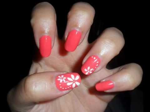 Tutorial nail art semplice fiori bianchi su unghie corallo for Unghie gel decorazioni semplici