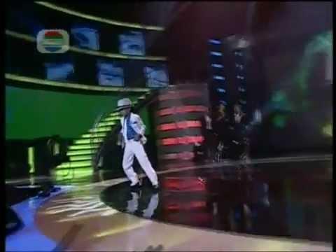 Truyền nhân của Michael Jackson đã xuất hiện - YouTube.flv