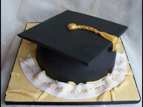 How To Make A Mortar Board Cake Decoration
