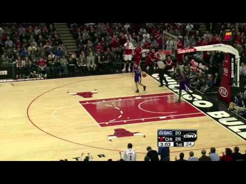 Derrick Rose sick double-pump reverse dunk vs Kings (Mar 21, 2011)