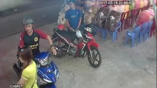 1m2…hai thằng ăn trộm.