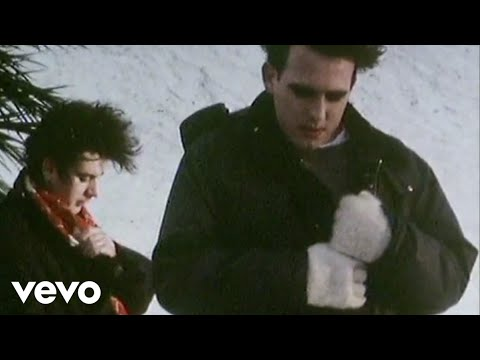 The Cure - Pictures Of You, Music video by The Cure performing Pictures Of You. (C) 1993 Polydor Ltd. (UK)