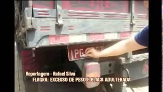 Motorista de caminh�o adultera placa para tentar driblar fiscaliza��o