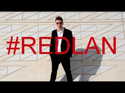 REDLAN - Robin Thicke - Blurred Lines ft. T.I., Pharrell (Parodia Musical) | RedLan