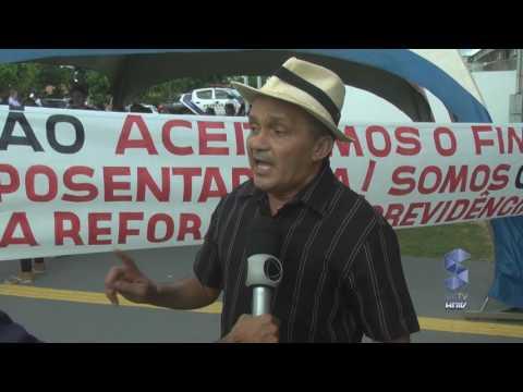 MANIFESTAÇÃO PROFESSORES EM ROLIM DE MOURA