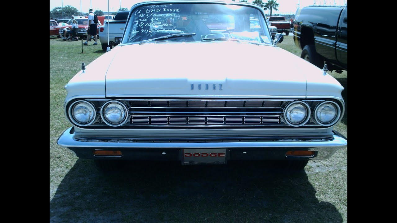 1964 Dodge Custom 880 Convertible Wht DaySpdwy033012 - YouTube