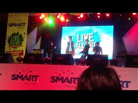 VHONG NAVARRO - SMART LIVE ALL OUT in KADAYAWAN FESTIVAL