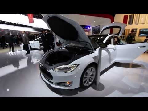 2014 Tesla Model S Electric Car at the NAIAS 2014