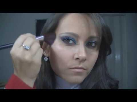 Maquiagem Azul e roxo usando duo da Vult