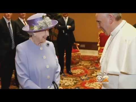 Pope Francis Meets With Queen Elizabeth