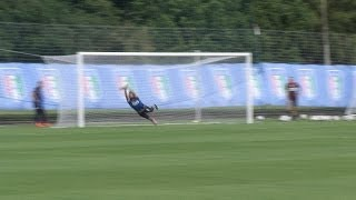 Perin-show sulle punizioni dei compagni! - Mondiali 2014