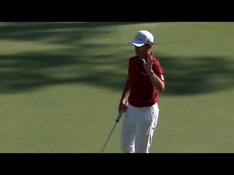Mike Weir drains a 28-foot putt for birdie at RBC Heritage