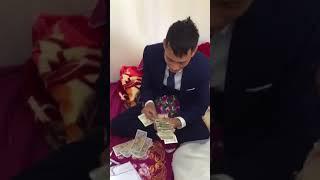 Bạn thân mừng đám cưới bằng 1,4 kg tiền lẻ