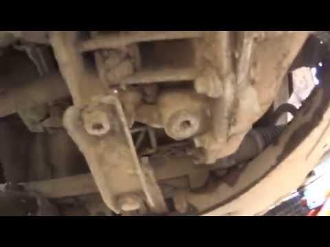 Видео замены передних колодок рено логан