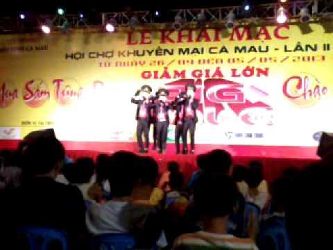 HKTM The Five hát Nối Vòng Tay Lớn