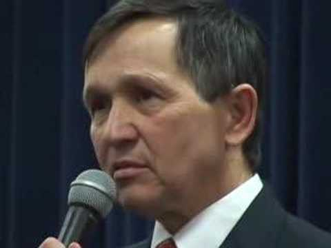 Kucinich Packs Detroit University