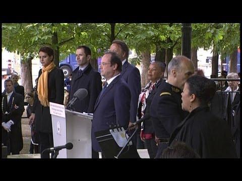 Hollande ne chante pas La Marseillaise en entier - 12/05