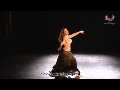 Iris Sukara Dancing to the song Lamma Rah el Sabr Meno