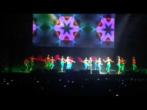 Malaika Arora Khan at London o2 2013- Sheila Ki Jawani-@Moiezsmurfy